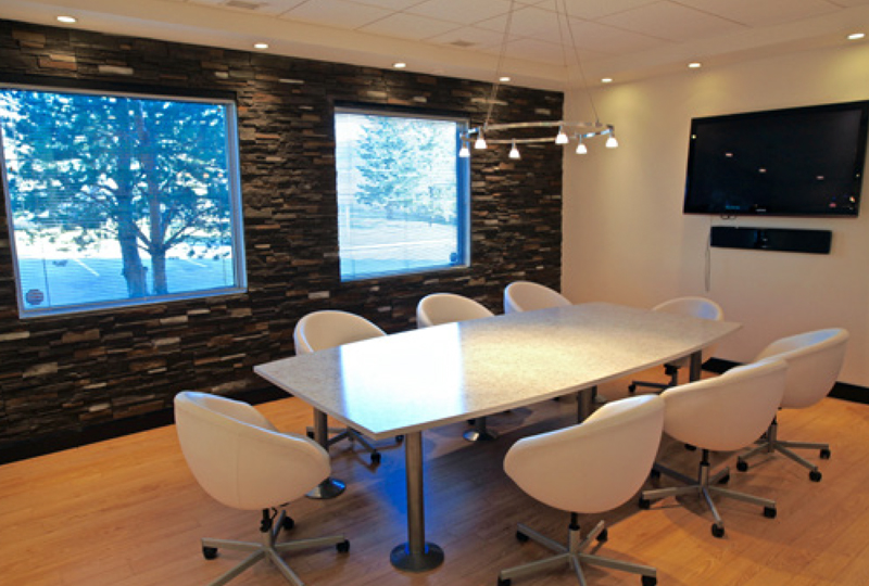 facility-meeting-room2